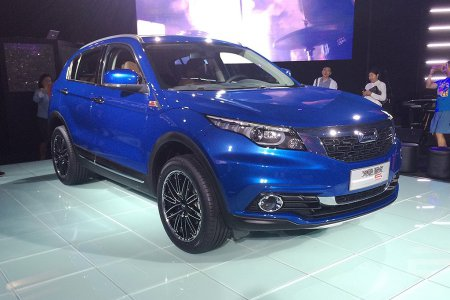 В китайских дилерских центрах началась продажа модели Qoros 5 SUV