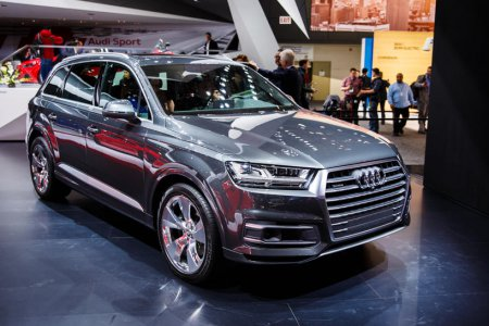 Старт продаж модели Audi SQ7 TDI в России начнется в ноябре 2016 года