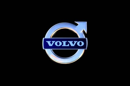 Первый электрокар Volvo появится в 2019 году