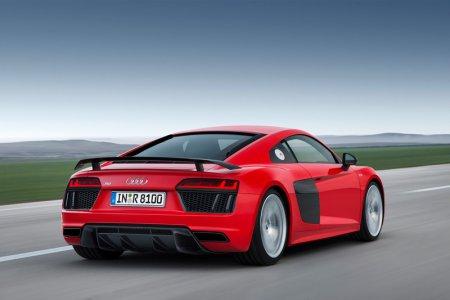 На спорткар Audi R8 установят двигатель модели S4