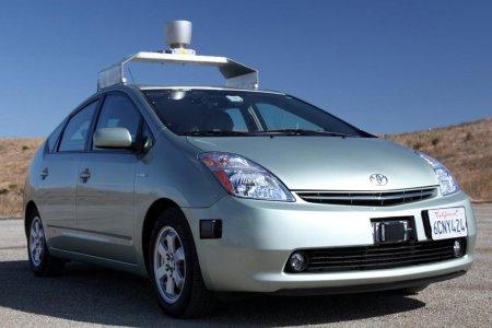 Первые беспилотные модели появятся на дорогах Великобритании до 2020 года