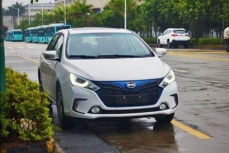 Компания BYD подготавливает электрическую модель Qin EV300