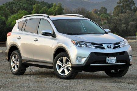 Доля Toyota в России увеличилась на 0,7%