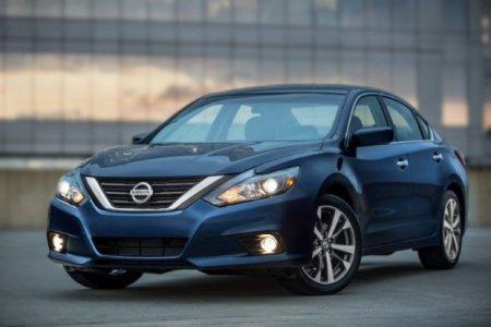 Nissan приостанавливает продажи модели Teana в России