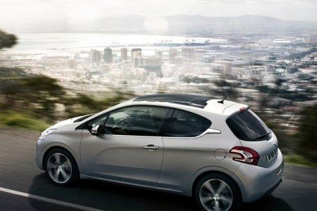 Хэтчбек Peugeot 208 покидает российский рынок